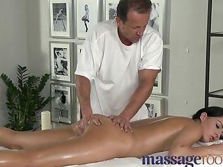 Stupendo, In College, Sborrata Interna, Horny, Massaggio, Pornostar,
