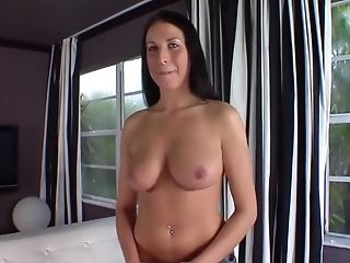 бразильянки, в колледже, пирсинг, порнозвезда, Raquel Diamond,