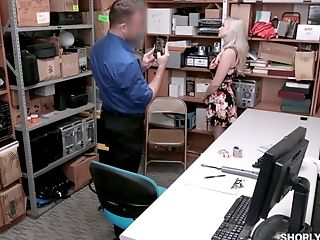 Big Tits, Blonde, Blowjob, Couple, Cowgirl, Doggystyle, Hardcore, Long Hair, Natural Tits, Office,