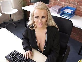 любительское, красотка, большие сиськи, блондинки, Curvy, эксгибиционист, в высоком разрешении, мамочка, шаловливая, в офисе,
