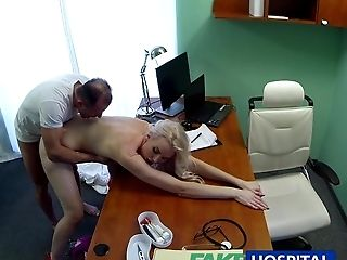 Amateurs , Bimbo, Blonde, Pipe, à La Clinique , Ejaculation Interne , Pénis, Examen, Hospital, Réalité ,